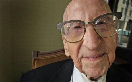 Walter Breuning worlds oldest man dies