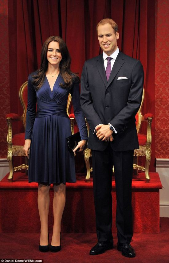 Full length Will and Kate Waxwork