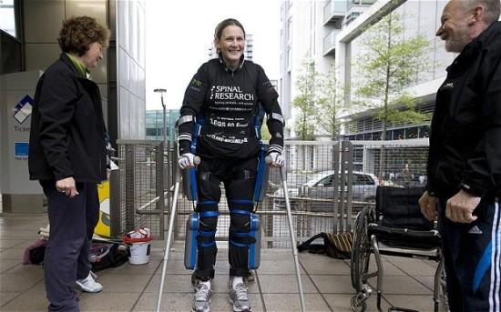 Claire Lomas ReWalk London Marathon