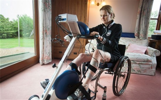 Claire Lomas cycling from London to Paris